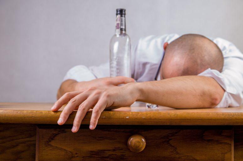alcohol-alcoholic-drunk-52507