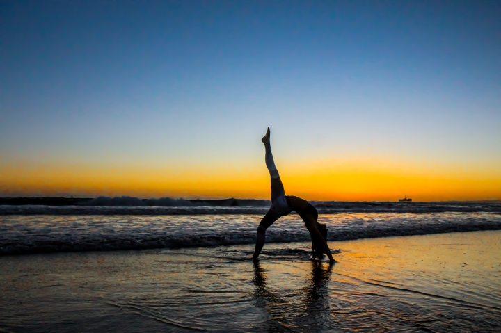 beach-dawn-dusk-892721
